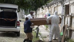 Brezilya'da koronavirüs nedeniyle ölenlerin sayısı 400 bini geçti