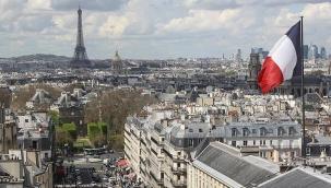 Fransa, Lübnanlı siyasetçilerin ülkeye girişine kısıtlama getirdi